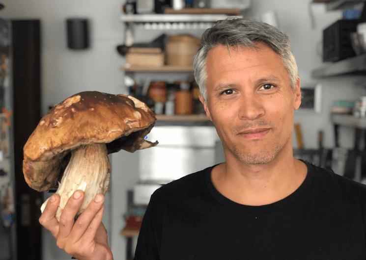 Meet a Master - Tom Klamet